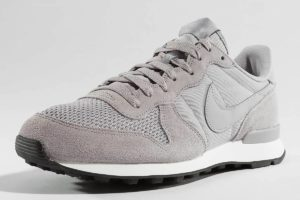 nike internationalist grau graue sneakers herren