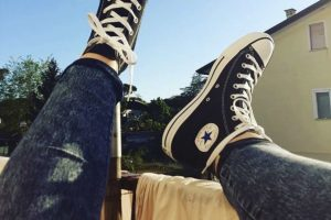 Review Chucks All Star High Schwarz, die einzige echte Ikone