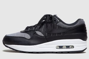 nike-air max 1-damen-schwarz-at0063 001-schwarze-sneakers-damen