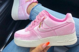 Nike Air Force 1 Dames Roze At4144 600 Roze Sneakers Dames