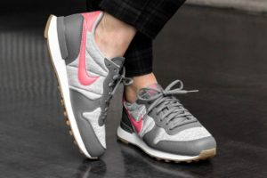 Nike Internationalist Damen Grau 828407 020 Graue Sneaker Damen