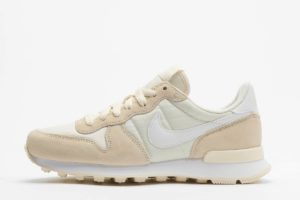 nike internationalist beige beige sneakers damen