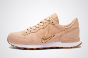 nike-internationalist-damen-beige-828404-206-beige-sneakers-damen