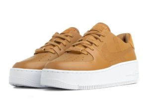 nike-air force 1-damen-braun-bv1976-700 v-braune-sneakers-damen