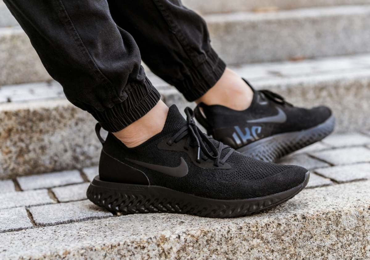 Nike Epic React Flyknit Black Aq0067 003 Mood 1
