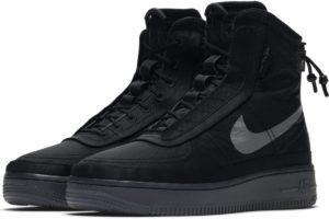 nike-air force 1-damen-schwarz-bq6096-001-schwarze-sneaker-damen