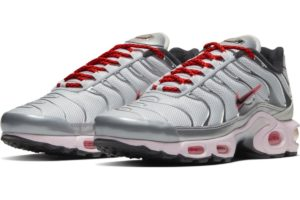 nike-air max plus-damen-silber-ct2545-001-silberne-sneaker-damen
