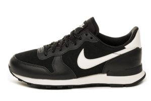 nike-internationalist-damen-schwarz-872922 006-schwarze-sneakers-damen